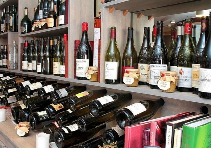 avignon bar a vin