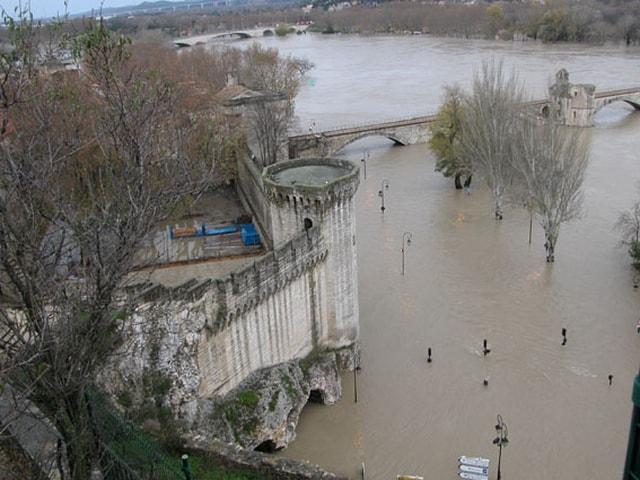 avignon inondation