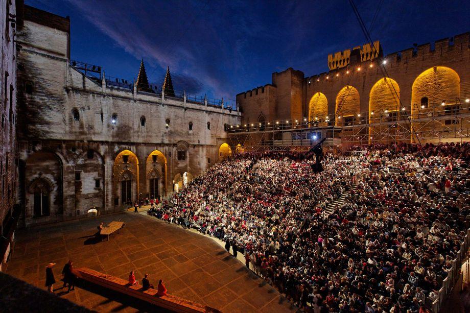 avignon theatre