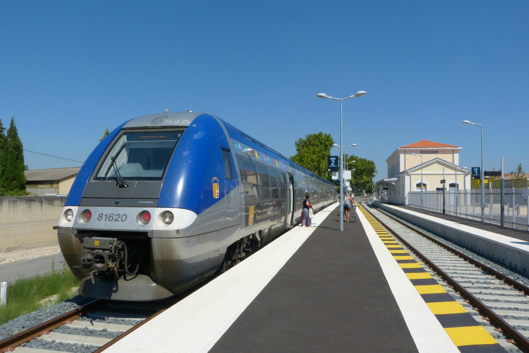 avignon zurich train
