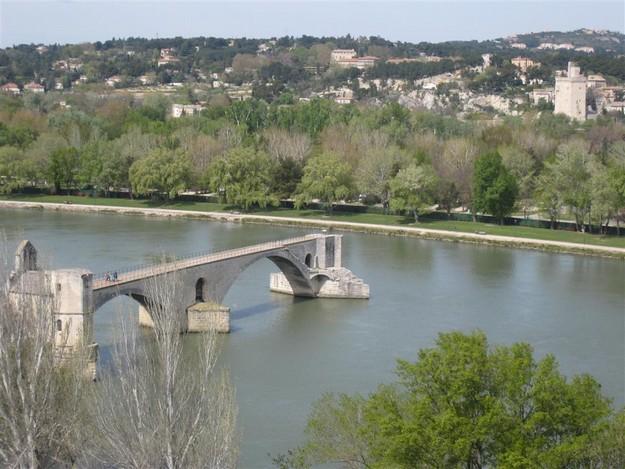 bron i avignon