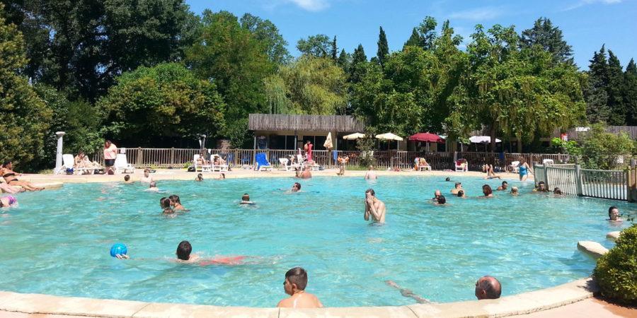 vaucluse camping piscine